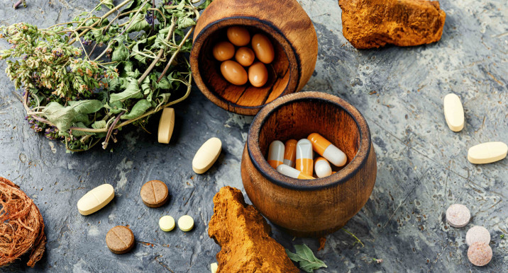 Витамины, которые способны вывести вашу йогу на новый уровень